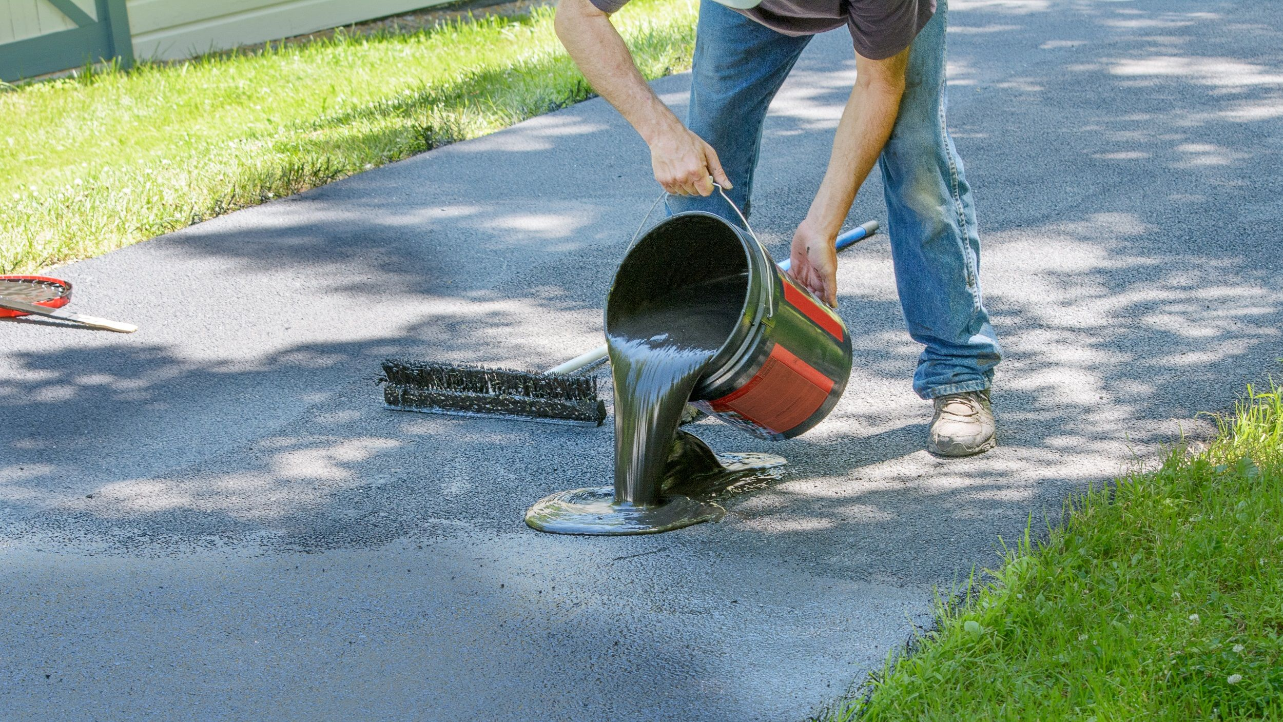 5 benefits of sealcoating asphalt pavement house tipster solutioingenieria Images